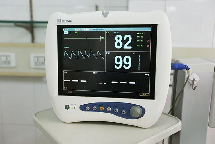迈瑞PM-7000监护仪