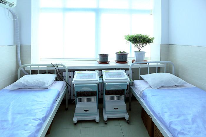 <h3>妇科门诊理疗室<h3>