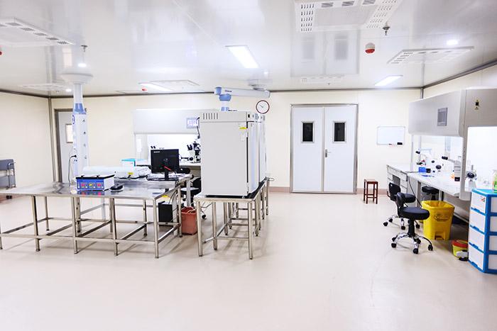 生殖中心新胚胎实验室正式投入使用