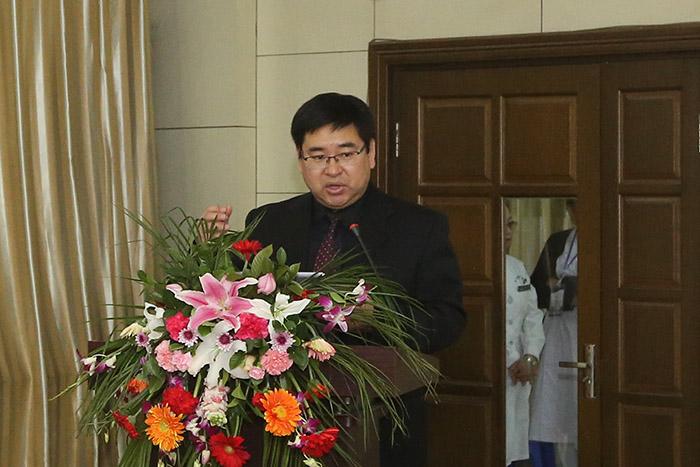 全国知名宫腔镜专家郑杰教授工作站落户鞍山